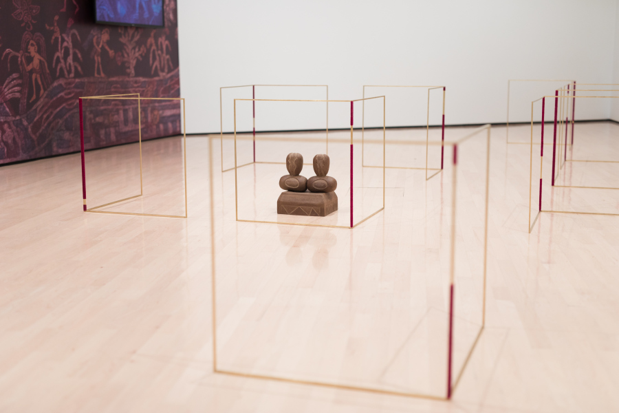 Vista de la exposición de Claudia Peña Salinas en el MSU Broad Museum, Michigan, EEUU, 2018. Foto: Eat Pomegranate Photography