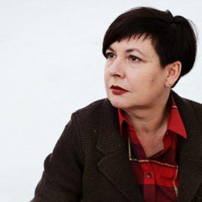 La curadora y crítica de arte portuguesa Isabel Carlos. Foto: cortesía Proyecto Incognitum.