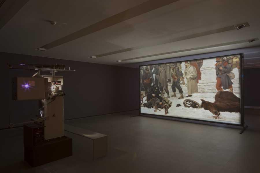 Javier Téllez, Bourbaki Panorama, 2014, instalación fílmica, proyección de película de 35 mm, 13 min 47 s. Cortesía del artista y Galerie Peter Kilchmann, Zúrich © Javier Téllez