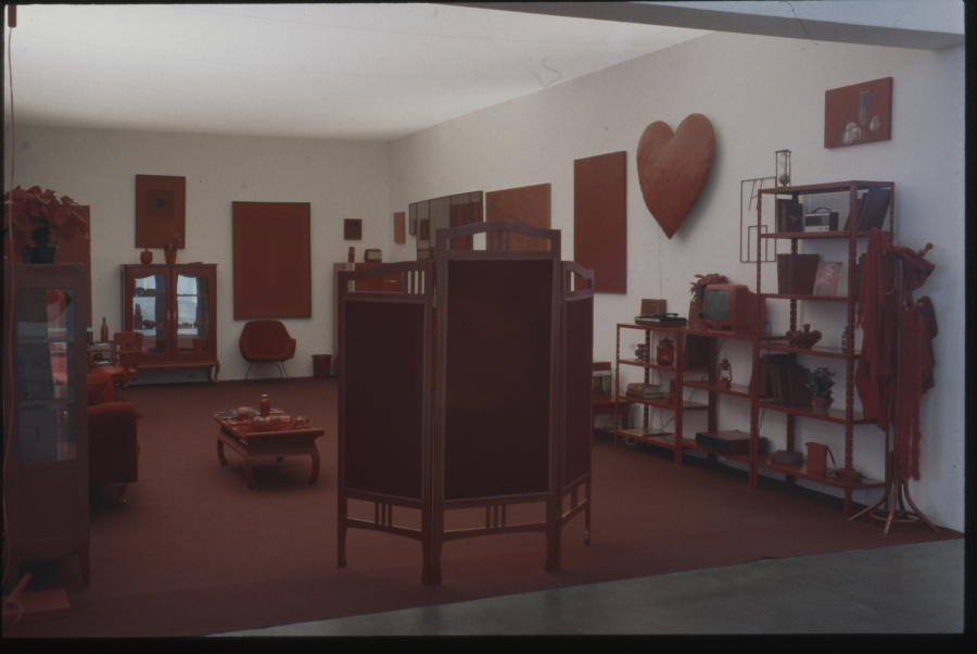 Vista de la obra de Cildo Meireles, Desvio para o Vermelho. Fotografía: Juan Guerra. Cortesía: Arquivo Histórico Wanda Svevo/ Fundação Bienal de São Paulo