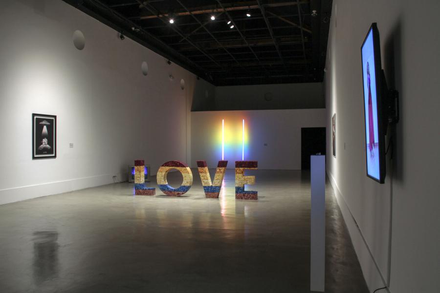 UTOPÍAS. MEMORIAS E HISTORIAS DE LA COMUNIDAD LGBTIQ+