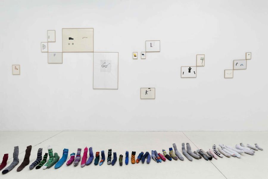 """Vista de la exposición """"Pie de Página"""", de Martín La Roche, en Galería Die Ecke, Santiago de Chile, 2018. Foto: Alvaro Mardones"""