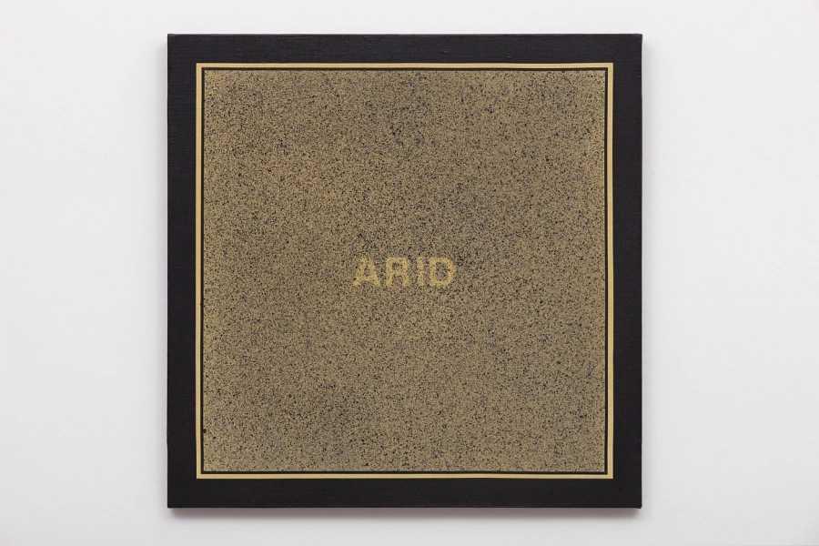 Antonio Dias, Arid, 1969, acrílico sobre tela, 50 x 50 cm. Cortesía: Galeria Nara Roesler