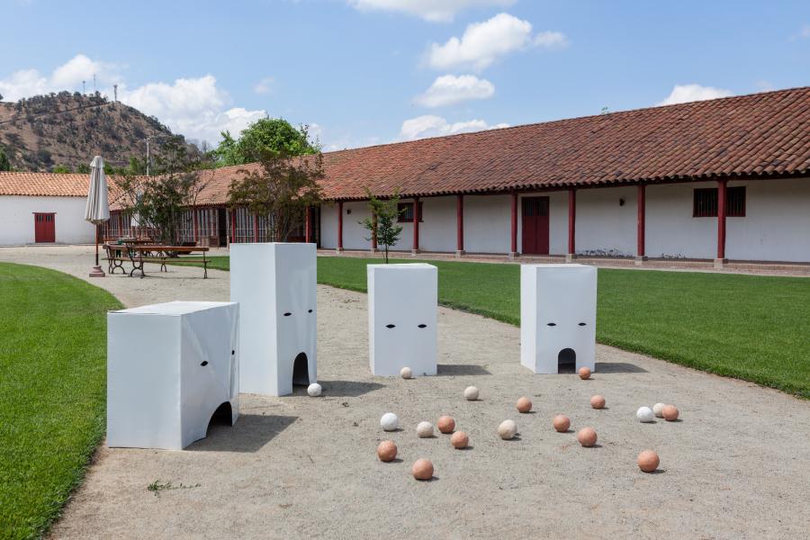 Pablo Rodríguez en el II Encuentro de Arte y Cultura 13 Jardines, Fundo Las Cabras, Requínoa, Chile, 2018. Foto: Sebastián Mejía
