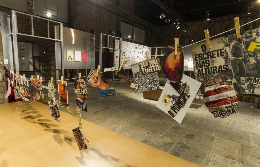 """A Corda [La cuerda], de Neide Sá. Vista de la exposición """"Arte-Veículo"""", en el SESC Pompeia, São Paulo, Brasil, 2018. Foto: Ricardo Ferreira"""