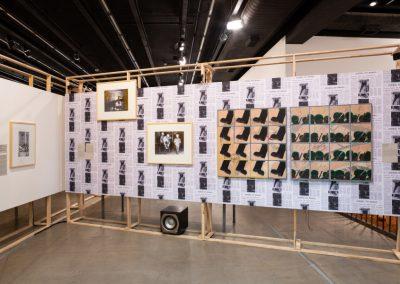 """Vista de la exposición """"AI-5 50 ANOS - Ainda não terminou de acabar"""", en el Instituto Tomie Ohtake, São Paulo, 2018. Foto cortesía de Instituto Tomie Ohtake"""