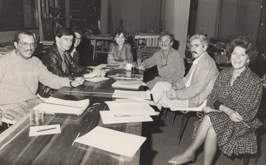 Álvaro Barrios, José Hernán Aguilar, Gloria Zea, Eduardo Serrano, Luis Fernando Valencia, en el MAMBO. Foto cortesía de María Wills