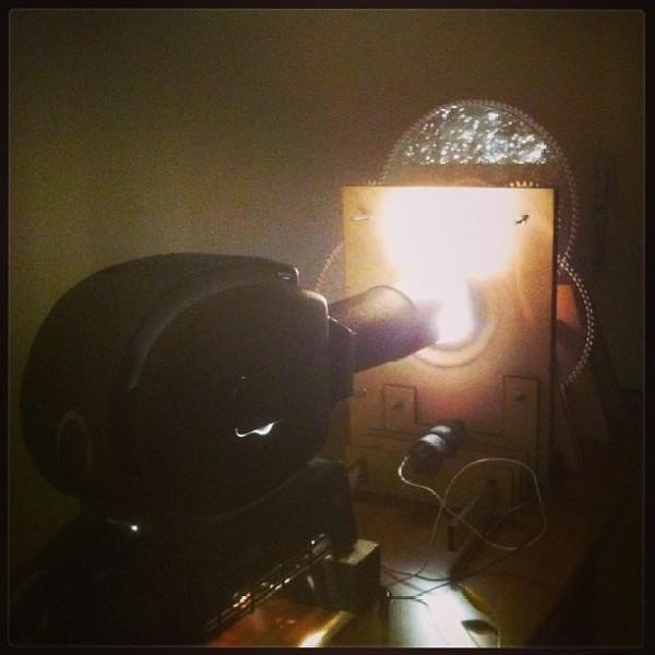 Abstractoscopio Cromático, unajoya artístico-científica de Carlos Martinoya y Nahum Joël, construída para la BAM por MCI Electronix/Olimex