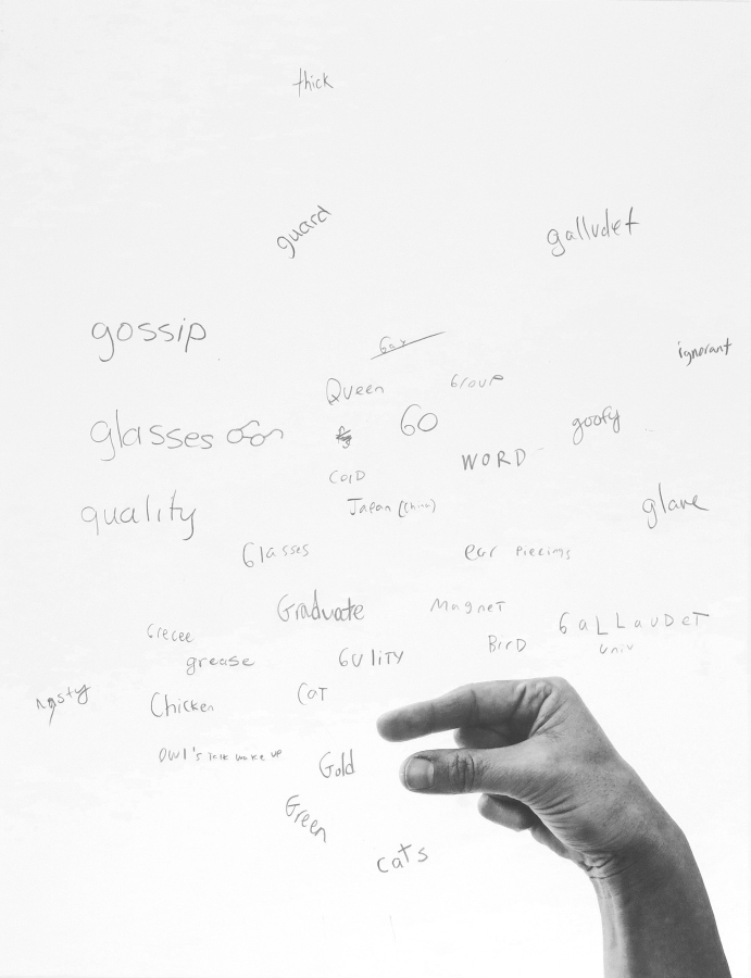 Francisca Benítez, Estudios de rimas por formas de la mano, 2017, impresión digital inkjet con pigmento perdurable en papel libre de ácido, anotaciones en grafito, 55.1 x 42.4 cm c/u, 33 Piezas únicas. Cortesía: Die Ecke, Santiago