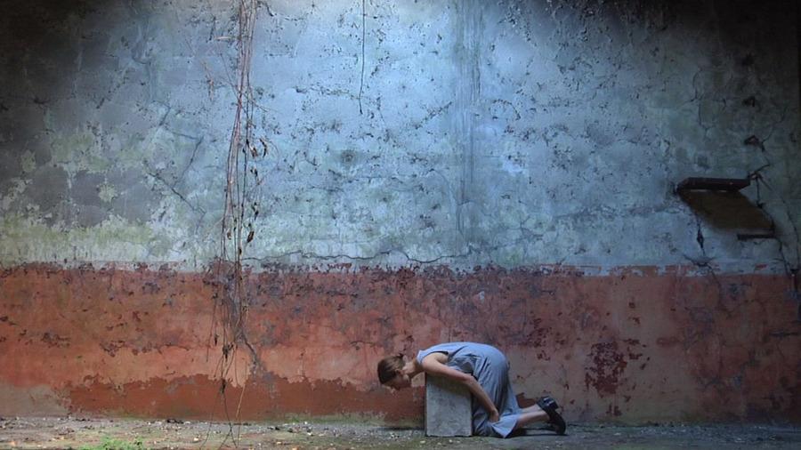 Manuela Ribadeneira, El ensayo, 2009, video, 1'53'' en loop. Cámara: Peter Snowden. Cortesía de la artista