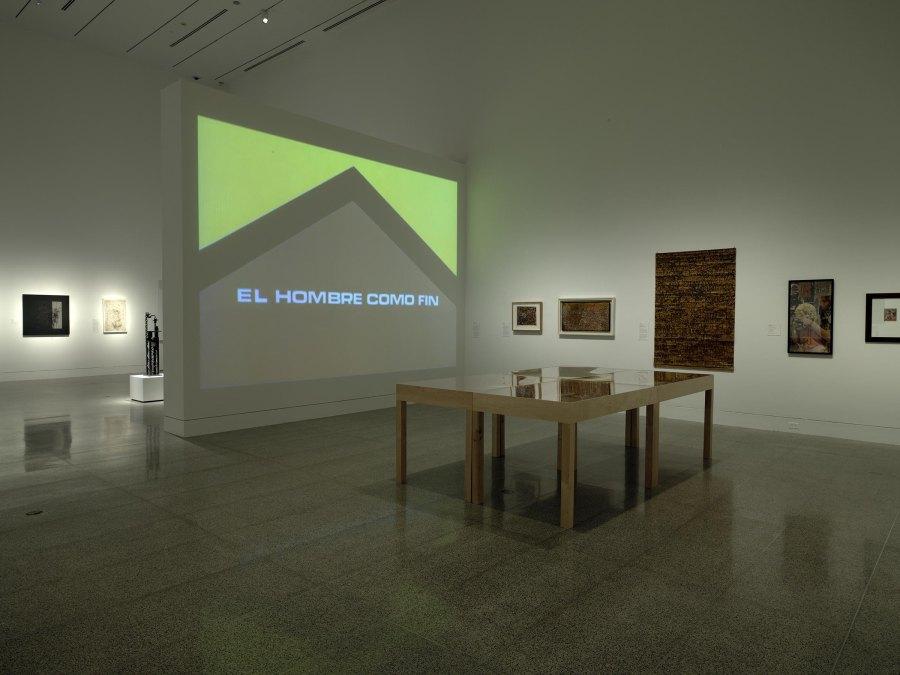 """Vista de la exposición """"Contesting Modernity: Informalism in Venezuela, 1955–1975"""", en el Museum of Fine Arts, Houston, 2018-2019. Foto: Will Michels"""