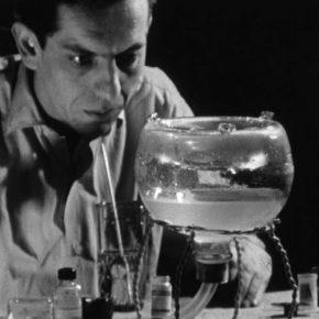 Raúl Ruiz, La maleta, 1963-2008, 20 min., b&n, sonido, 16mm transferido a digital, Chile