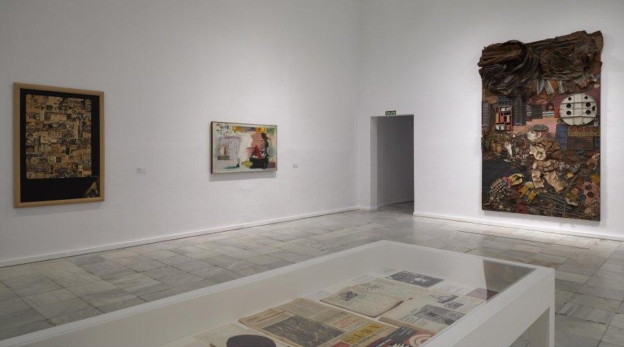"""Vista de la exposición """"París pese a todo. Artistas extranjeros 1944-1968"""", en el Museo Reina Sofía, Madrid, 2018-2019. Foto: Joaquín Cortés/Román Lores. Archivo fotográfico del MNCARS"""