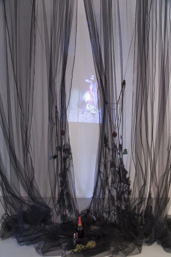 Histerix, Ekekas, 2019, video-instalación, registro de acción artística, dimensiones variables. Cortesía de las artistas