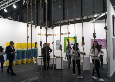 Stand de la galería Henrique Faria Nueva York en Feria ARCOmadrid, 2019. Foto: Mariella Sola