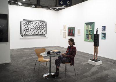 Stand de la galería Ruth Benzacar, Buenos Aires, en ARCOmadrid, 2019. Foto: Mariella Sola