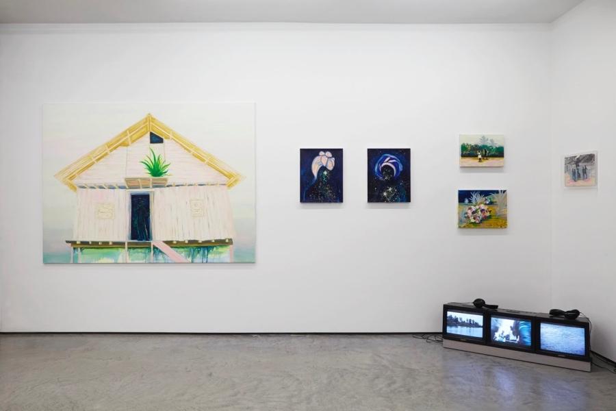 """Obras de Adriana Ciudad en la muestra """"Rivers flow out of my eyes"""", en tegenboschvanvreden, Amsterdam, 2019. Cortesía de la galería"""