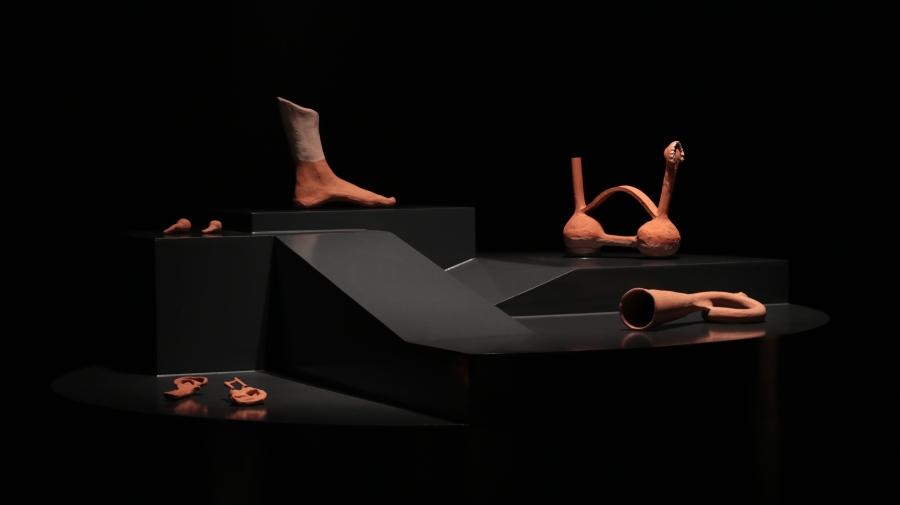 Frances Munar (Lima, 1990), serie de cerámicas sonoras, 2017-2018. Cortesía de la artista. Foto: MAC Lima