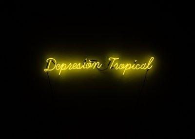 Yiyo Tirado Rivera, Depresión tropical, 2017, neón y energizado por generador eléctrico, medidas variables. Foto cortesía de Elisa Bergel Melo & Yiyo Tirado