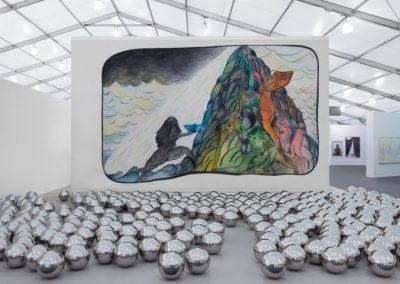 Stand de la galería Victoria Miro en Frieze New York, 2019. Foto: Sebastiano Pellion di Persano. Cortesía: Victoria Miro