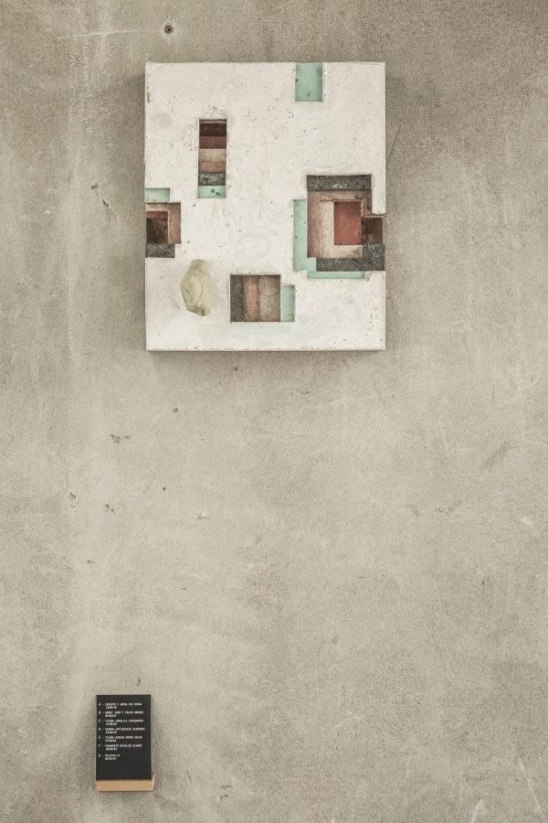Ishmael Randall Weeks, Código Atemporal 16, 2019, 41 x 34 cm. Foto cortesía de Revolver, Lima.