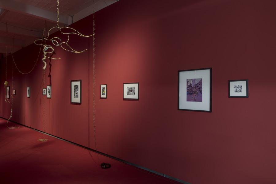 """Vista de la exposición """"Radio Carabuco"""", de Andrés Pereira Paz, en Künstlerhaus Bethanien, Berlín, 2019. Foto: David Brandt"""