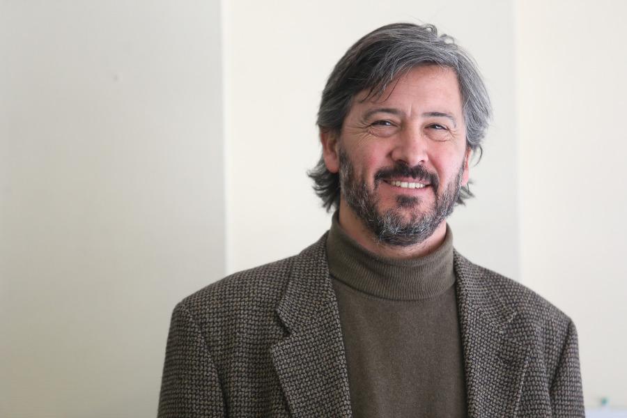 """PABLO ROJAS DURÁN: """"LA EDUCACIÓN DEBE ESTAR DENTRO Y FUERA DE LA ESCUELA, DENTRO Y FUERA DE LOS MUSEOS"""""""