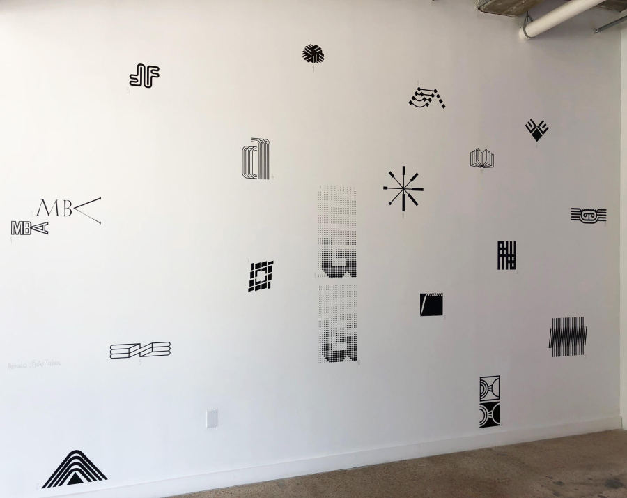 """Alessandro Balteo-Yazbeck, 2006 (2008). Vista de la exposición """"Reconstrucción"""" en META Miami, 2019"""