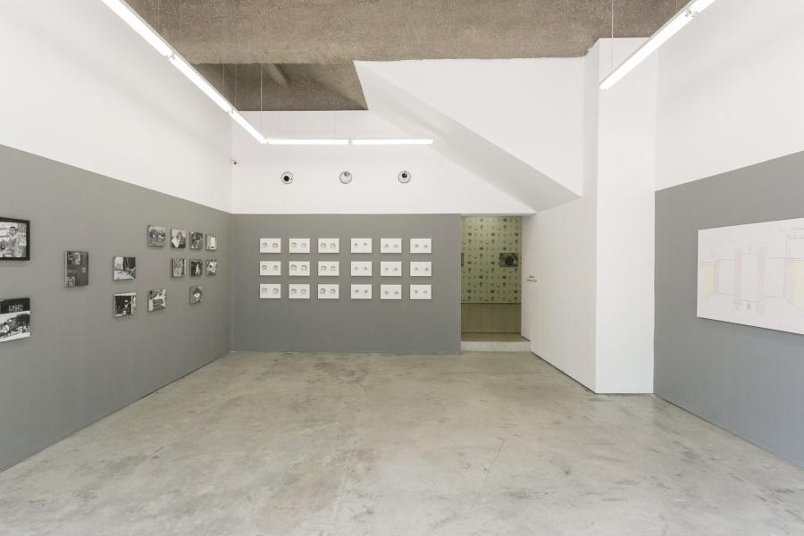 """Vista de la exposición """"Solares"""", de Christian Vinck, en DiabloRosso, Panamá, 2019. Cortesía de la galería"""