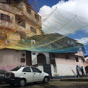 Enlace Arquitectura & José Javier Alayón. Las marquesinas de El Calvario. El Calvario, Municipio El Hatillo, Caracas, 2017
