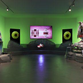 Patricia Domínguez, Green Irises, 2019. Vista de instalación. Comisionada por Gasworks. Cortesía de la artista. Foto: Marco Godoy