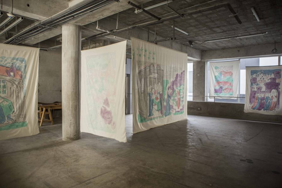 """Vista de la exposición """"Itálicas de la autora"""", de Cosima Zu Knyphausen, en Galería Revolver, Lima, 2019. Cortesía de la galería"""