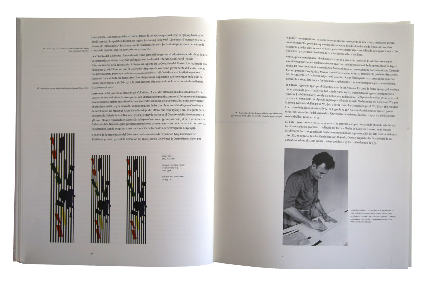 Doble página del Coloritmo 1 y Alejandro Otero en Los Coloritmos de Alejandro Otero. Catálogo razonado. Foto: Rafael Santana