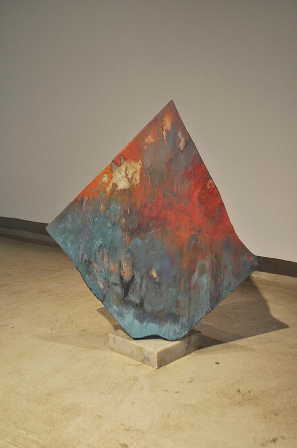 """Vista de la exposición """"Los Espíritus"""", de Renato Órdenes San Martín, en OMA Art Gallery, Santiago de Chile, 2019. Foto cortesía del artista"""