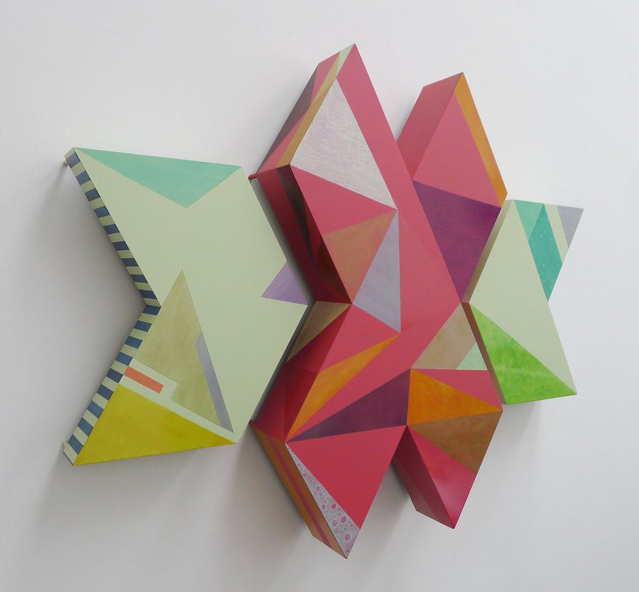 """Vista de la exposición """"Symbolic Match"""", de Amalia Valdés, en Galerie Seippel, Colonia, Alemania, 2019. Cortesía de la artista"""