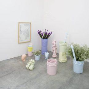 Cristina Tufiño, Constellation Sunset (cubetas del atardecer), 2019, Glazed ceramic, lumina, flowers. Variable dimensions. Unique. Courtesy: Galería Agustina Ferreyra, Mexico City