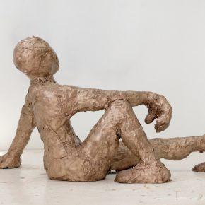 """Iván Argote, """"Antípodo"""", bronce. Cortesía del artista"""