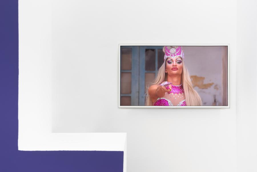 """Vista de la exposición """"My Body ≠ Ta Chose"""", en Maëlle Galerie, París, 2019. Foto cortesía de la galería"""