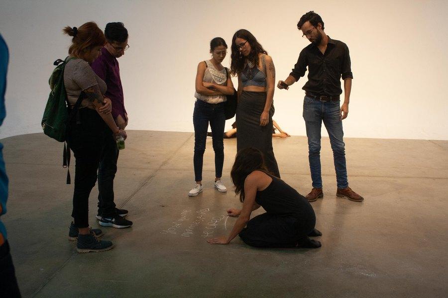 Taller de Performatividad Social, Centro de Arte Los Galpones, Caracas, 2019. Foto cortesía de Portaespacios