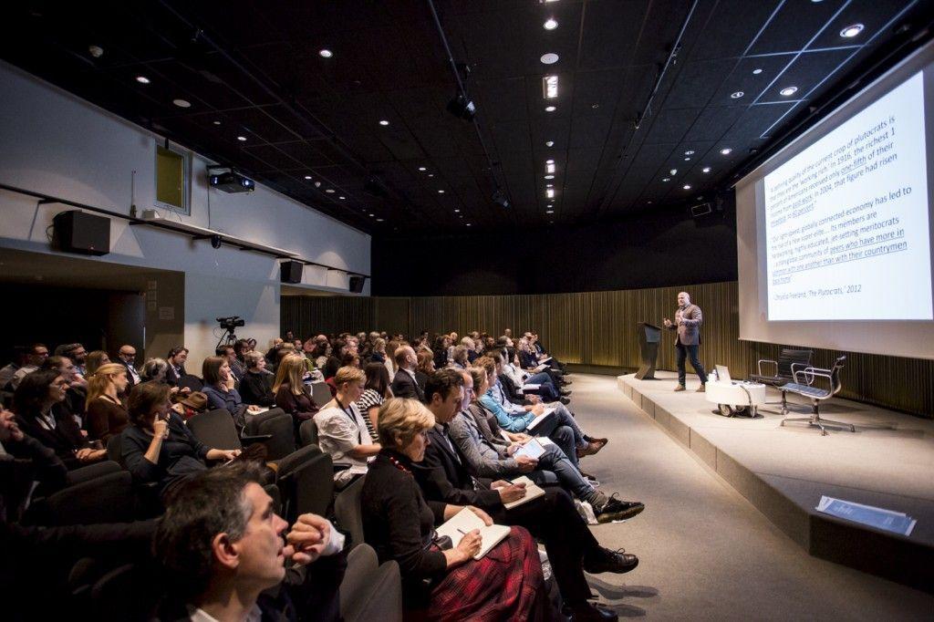 07_talkinggalleries_barcelona_symposium1111