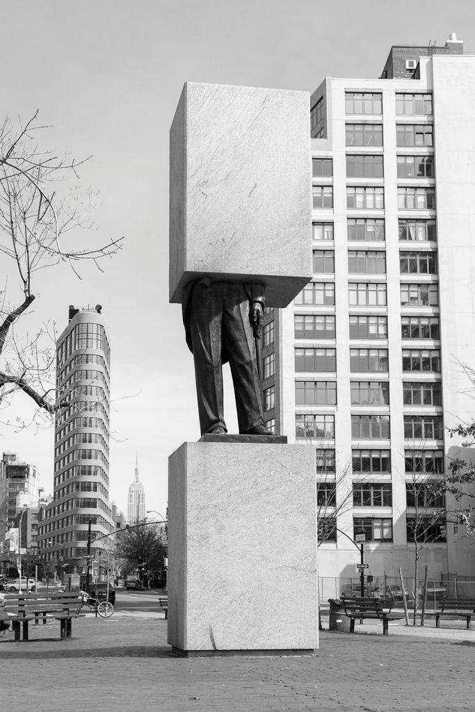 Andrés Durán, Monumento Editado: Ave of the Americas. Cortesía del artista y Y Gallery