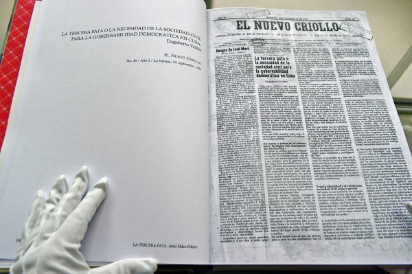 Libro-LA-TERCERA-PATA-Expo-Capital-sin-nombre-Oficina-1-4