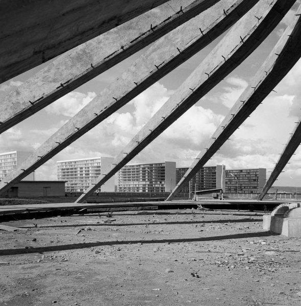 Oscar-Niemeyer.-Cathedral-Under-Construction-Brasilia-Brazil.