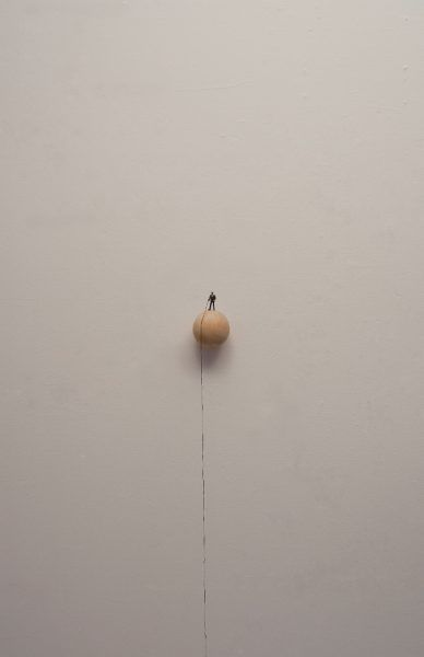 To-hold-a-string-2015