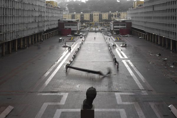 2014-AREA-Serie-Miguel-Braceli-02-Foto-Saul-Yuncoxar-IMG_4052