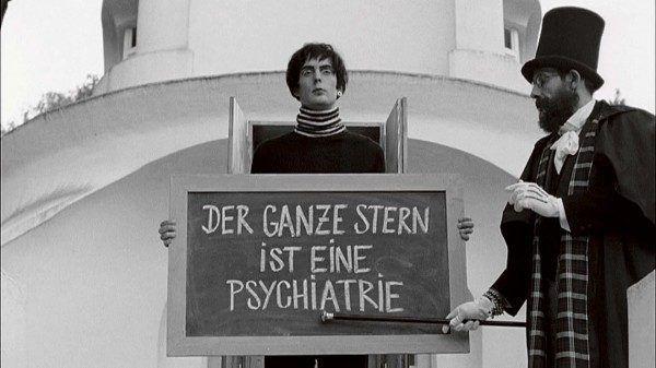 Javier-Tellez_Caligari-und-der-Schlafwandler-videostill-courtesy-of-the-Artist-and-Galerie-Peter-Kilchmann-Zurich_2_PRESS-600x337