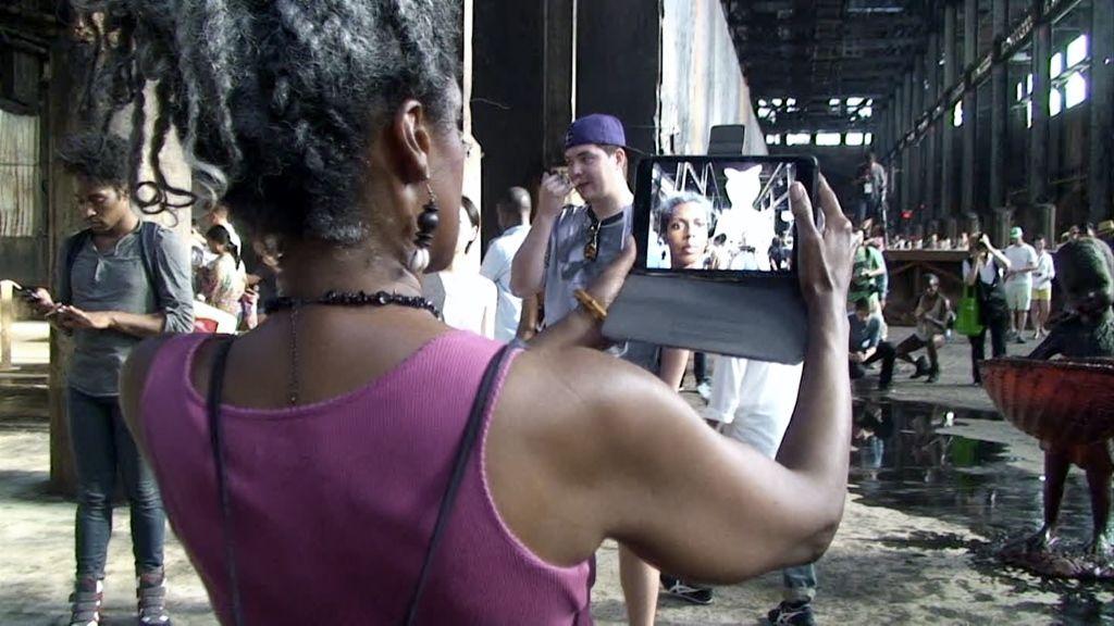 Kara Walker, still de An Audience / Rhapsody, 2014, video digital con sonido, 27 minutos 18 segundos / 6 minutos 38 segundos © Kara Walker. Cortesía: Sikkema Jenkins & Co., Nueva York