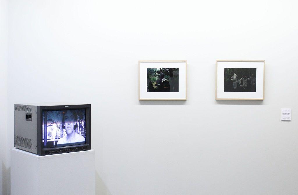 Francisco Casas, Ese'eja, vista de la exposición en Galería Metales Pesados Visual, Santiago de Chile, 2016. Cortesía: Metales Pesados Visual