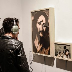 Julián Santana. Sin título. Estrategia de respuesta rápida. Galería Desborde, Bogotá, Colombia, 2016. Foto cortesía del artista.