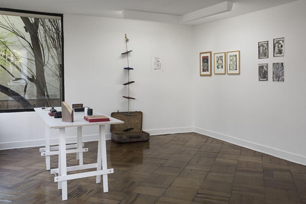 """Vista de la exposición """"Found Poetry"""", de Guillermo Deisler, en D21 Proyectos de Arte, Santiago de Chile, 2016. Cortesía de la galería"""